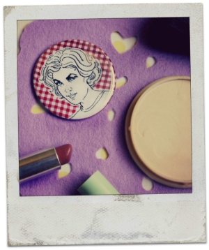 Make-up compact and pocket mirror